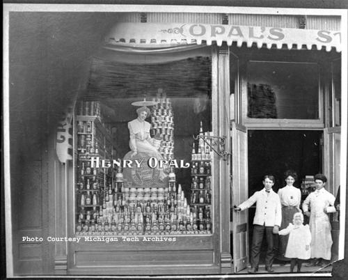 Henry Opal Store, Hubbell (MTU Neg 03596)