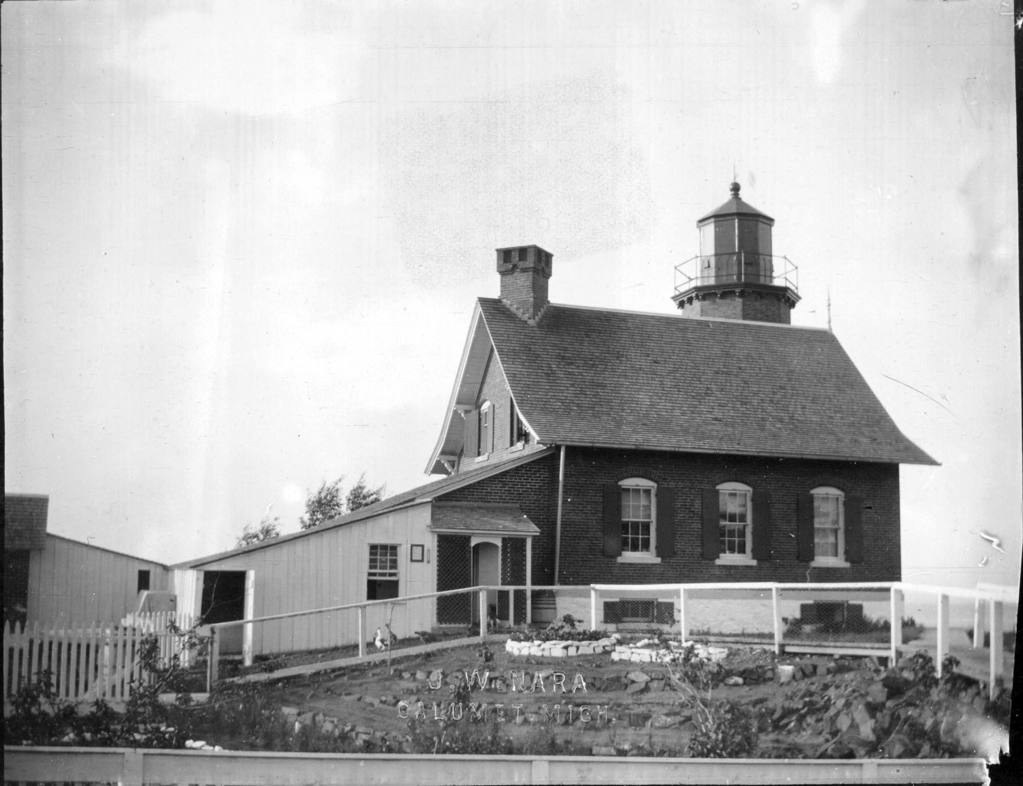Eagle Harbor Lighthouse. Photograph by J.W. Nara, Image # Nara 42-220.
