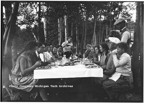 A picnic from the Michigan College of Mines (MCM) Reunion, August 8, 1931.