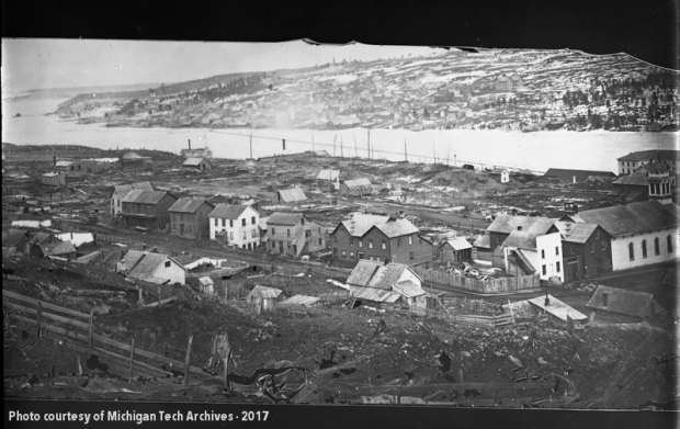 Image of town in ruins