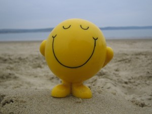 smiley-face-on-beach