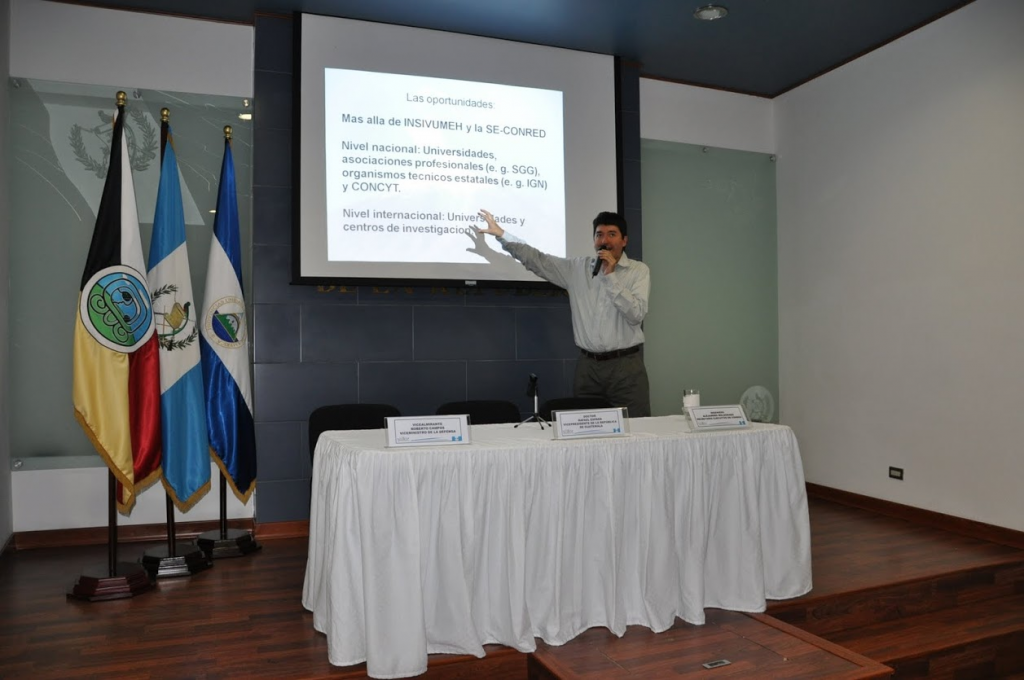 As a PhD student in 2010 Rudiger Escobar Wolf outlined volcanic risks and the benefits of an early warning system to (now former) Guatemalan Vice President Dr. Rafael Espada, and Alejandro Maldonado, executive secretary of CONRED.