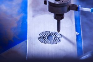 Biodegradable scaffolds are cut with a water jet at Leibniz University Institute of Materials Science