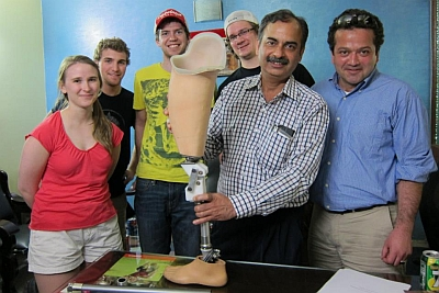 On Saturday March 16th, Team 8 and advisors visited Prosthetic & Orthotic Rehabilitation Clinic (PORC) and presented their work and their prototype and received technical feedback. Team 8 will apply the necessary improvements in the prototype and send it back to India for clinical trial on patients.