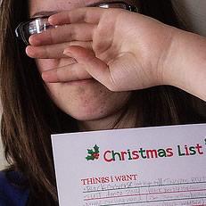 Lara Neves Christmas List